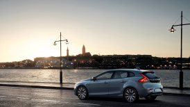 175931_Volvo_V40_T4_Momentum_Location_7_8_Rear