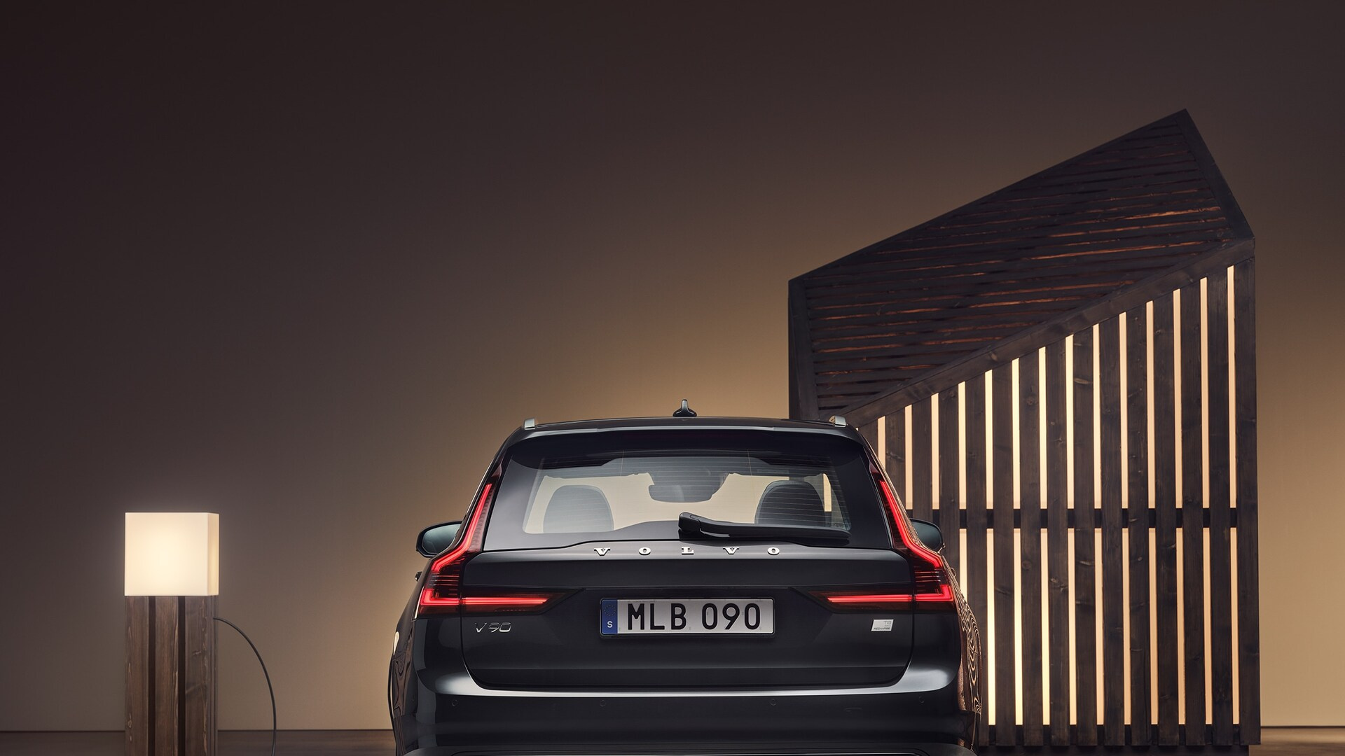 v90-recharge-gallery-1-16x9.jpg