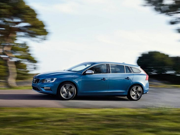Pay with a monthly fee, up to 48 months, and make the purchase of your new Volvo as stress-free and beneficial as possible. For diplomat and expat customers in Belgium and Luxembourg. Request a quote on your favourite Volvo model for current rates and conditions.